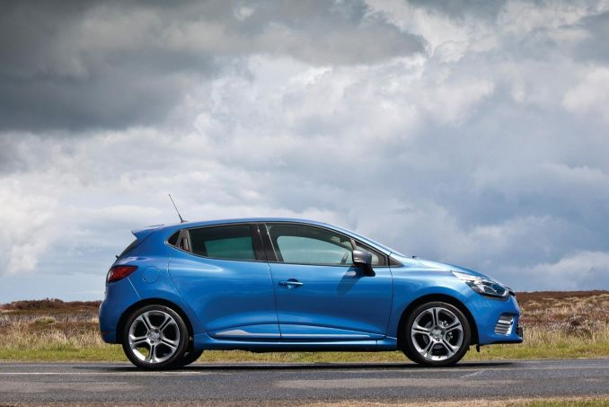 renault clio hatchback 1 2 16v on lease from. Black Bedroom Furniture Sets. Home Design Ideas