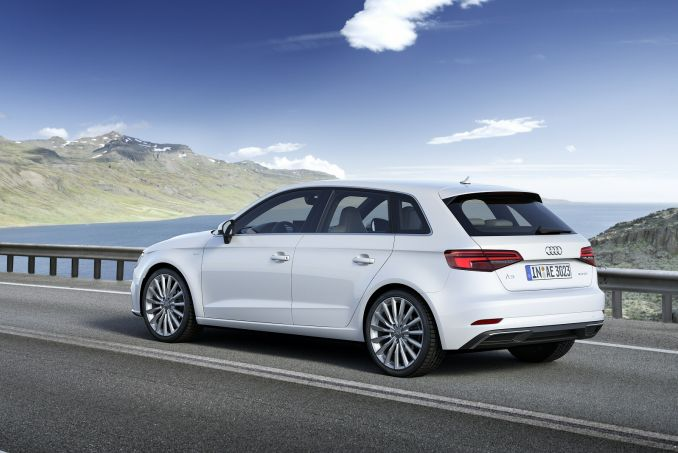 audi a3 sportback 1 4 tfsi e tron 5dr s tronic on lease from. Black Bedroom Furniture Sets. Home Design Ideas