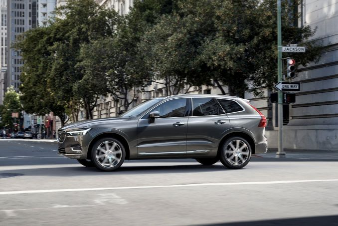 Volvo XC60 Diesel Estate 2.0 D4 Momentum Auto On Lease From £336.01