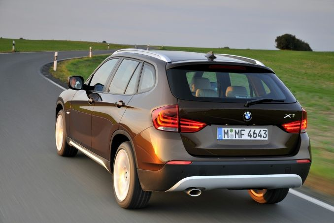 bmw x1 diesel estate sdrive 18d on lease from. Black Bedroom Furniture Sets. Home Design Ideas