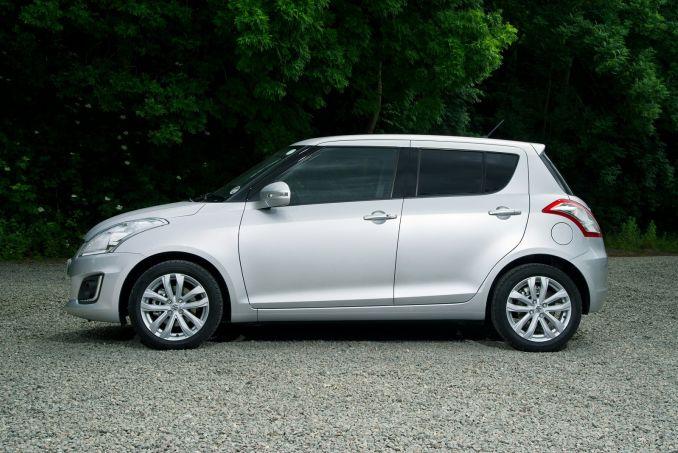 Suzuki Swift Pearl White Paint Code
