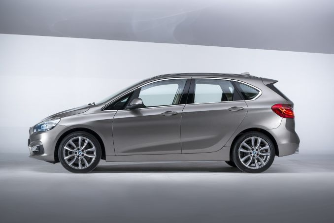 bmw 2 series active tourer 225xe luxury 5dr nav auto on. Black Bedroom Furniture Sets. Home Design Ideas