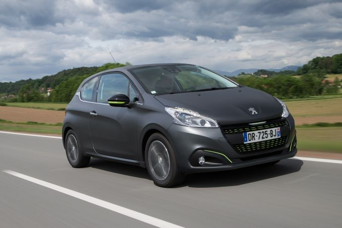 peugeot 208 diesel hatchback 1 6 bluehdi active 5dr start stop on lease from. Black Bedroom Furniture Sets. Home Design Ideas