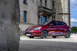 RENAULT CLIO HATCHBACK 0.9 TCE